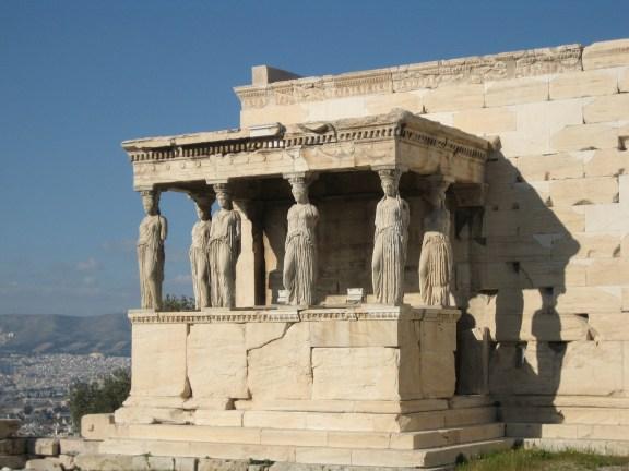 antigua grecia cariatides