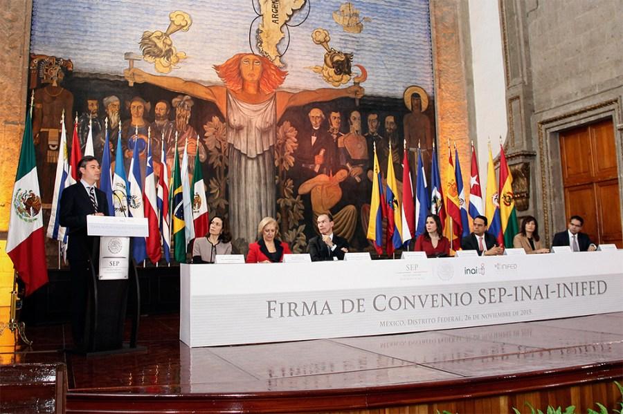 firma_convenio_INAI_1