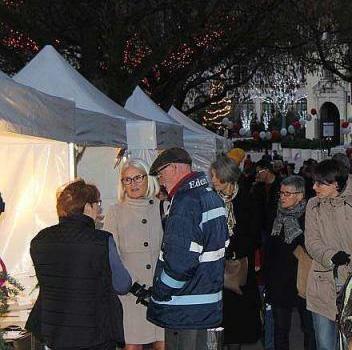 Laval: Le marché des lumières