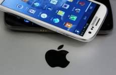 Apple Seeks Bans On Samsung Phones