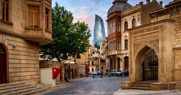 baku-azerbaijan-holiday-packages-3-810x426