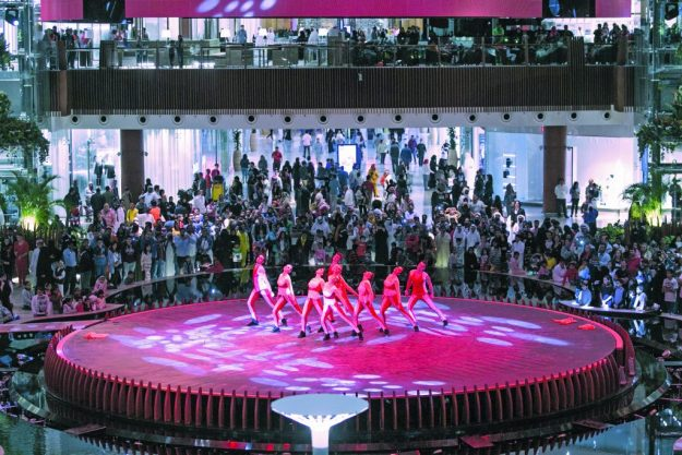 mall-of-qatar-oasis-stage-entertainment