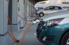 Dubai government to buy new electric and hybrid cars