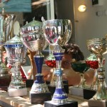 Benim yaşımdan fazla kupa var!!!