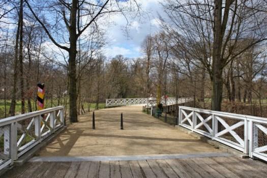 Über die neue Doppelbrücke nun wieder back to Germany. Foto: Franziska Gurk