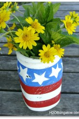 DIY easy patriotic mason jars add charm to any picnic, event or indoor red white and blue decor! H2OBungalow.com