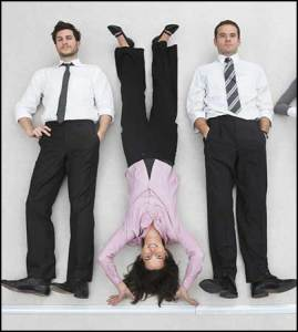 standing-upside-down-can-cause-baldness-myth
