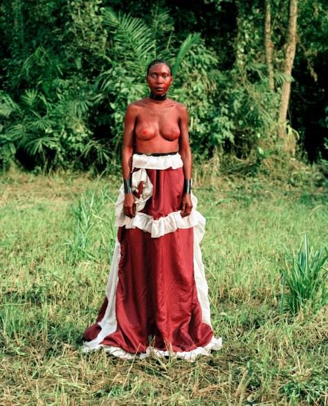 Namsa Leuba. Statuette Sorsone Oumou, Guinee.