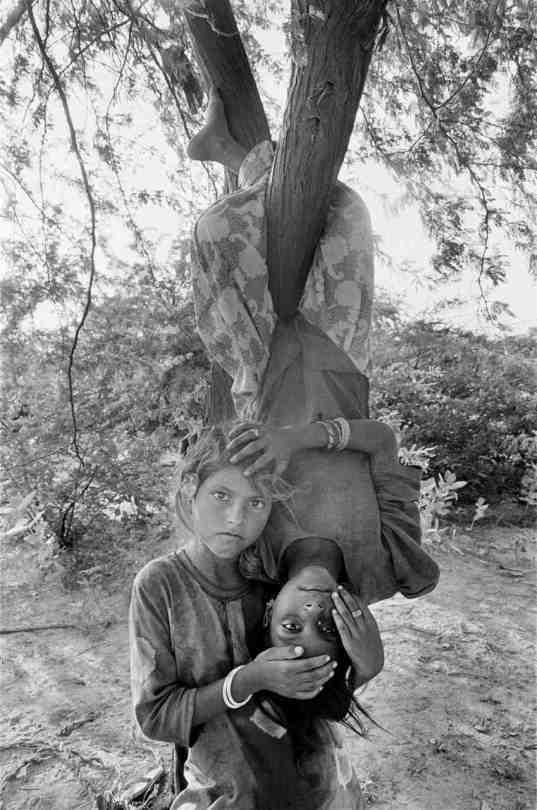Gauri Gill. Urma and Nimli, Lunkaransar, from the series Notes from the Desert, 1999-2010.