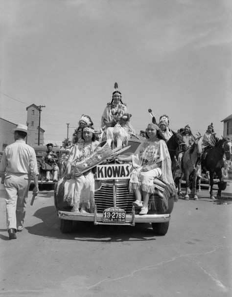 The American Indian Exposition parade. Anadarko, Oklahoma, 1941.