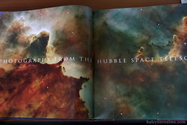 Expanding Universe - Photographs From Hubble Space Telescope Book Review Taschen