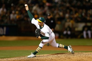 Sonny Gray delivers a pitch during the seventh inning of a game against the Los Angeles Angels at O.co Coliseum on April 28, 2015 (Lachlan Cunningham/Getty Images)
