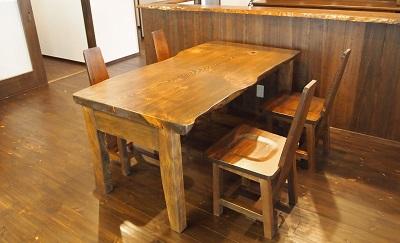 """松野の家リノベーション後の手作りテーブルと椅子の画像""""renova-matsuno1-2"""""""