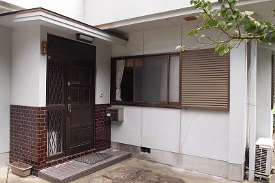"""松野の家リフォーム前の玄関の画像""""renova-matsuno1-entrance-before"""""""