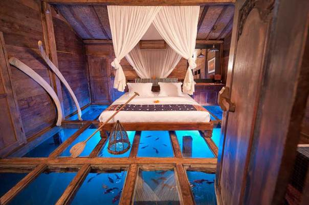 glass-floor-udang-house