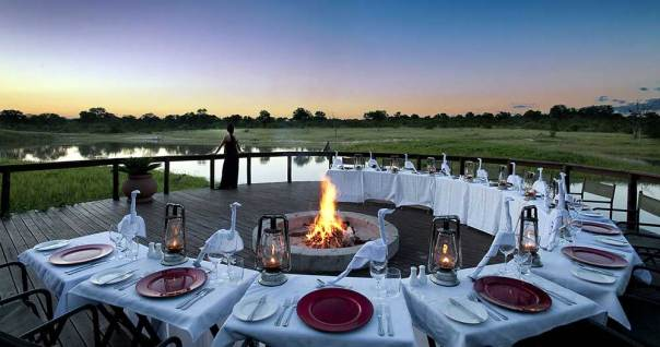 sabi-sand-reserve-arathusa-safari-lodge-dinner