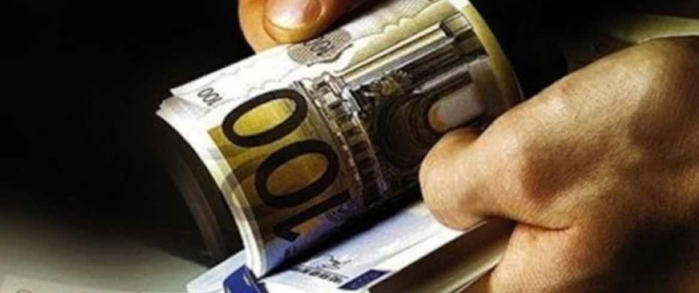 ΑΑΔΕ | Φοροδιαφυγή «μαμούθ» από τραγουδιστή, μπαρ και ελαιοτριβεία