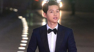 ソン・ジュンギ、『SIA 2016』で最高のスター賞、スタイルアイコンを受賞