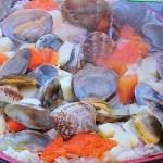 なないろ日和から房総のたけのこの和風パエリアと真鯛とはまぐりの白ワイン蒸しなばなソース