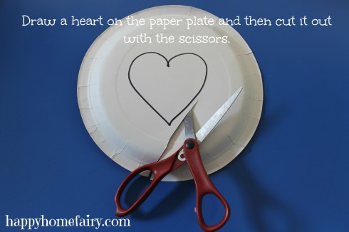 plate heart puppet at happyhomefairy.com 1