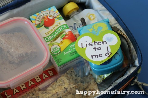 cell phone in lunch box at happyhomefairy