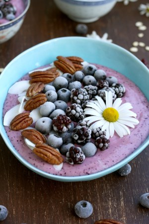 how-to-make-smoothie-bowl-2