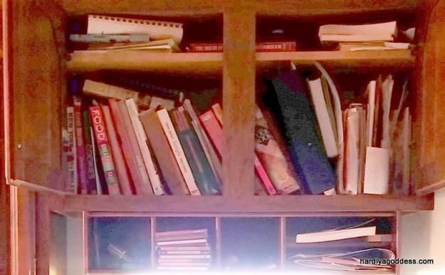 Bookshelves de-cluttered