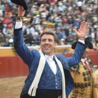 Hermoso de Mendoza y El Payo triunfan en Jalostotitlán