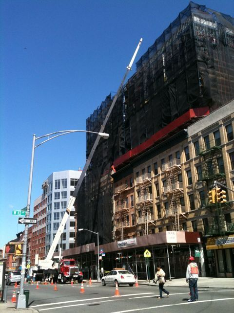Gateway Condo in Harlem sheds part of scaffolding curtain