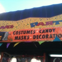 Where to get Halloween costumes in Harlem?