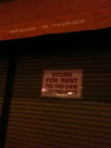 Just Wingin It in Harlem has 'store for rent' sign up