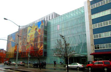 Harlem_Hospital_Center_Lenox_Avenue_facade