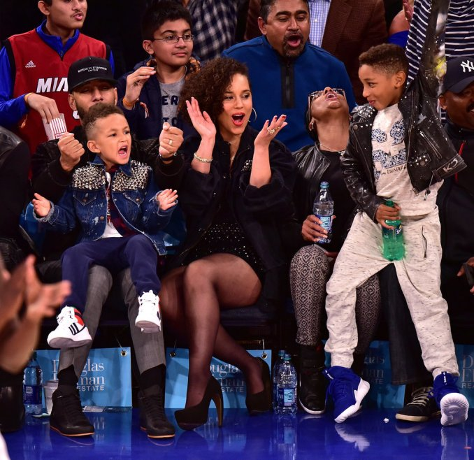 Alicia-Keys-Swizz-Beatz-NY-Knicks-Game-November-2015