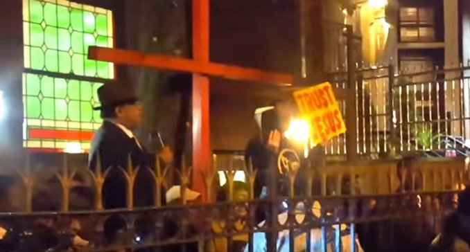 Pastor-James-David-Manning-and-his-supporters-outside-the-church-Screenshot-800x430