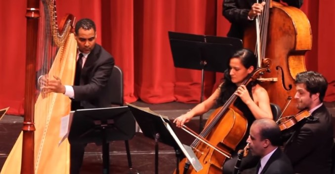 the-dominican-orchestra-in-harlem