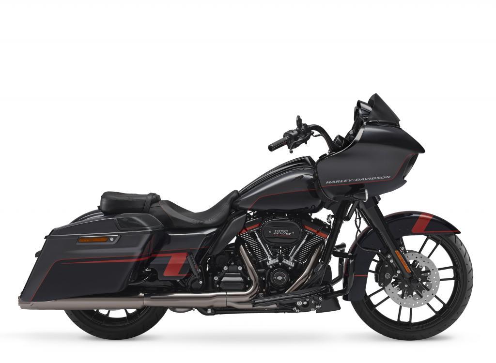 Motocykel Harley-Davidson CVO Road Glide model 2018