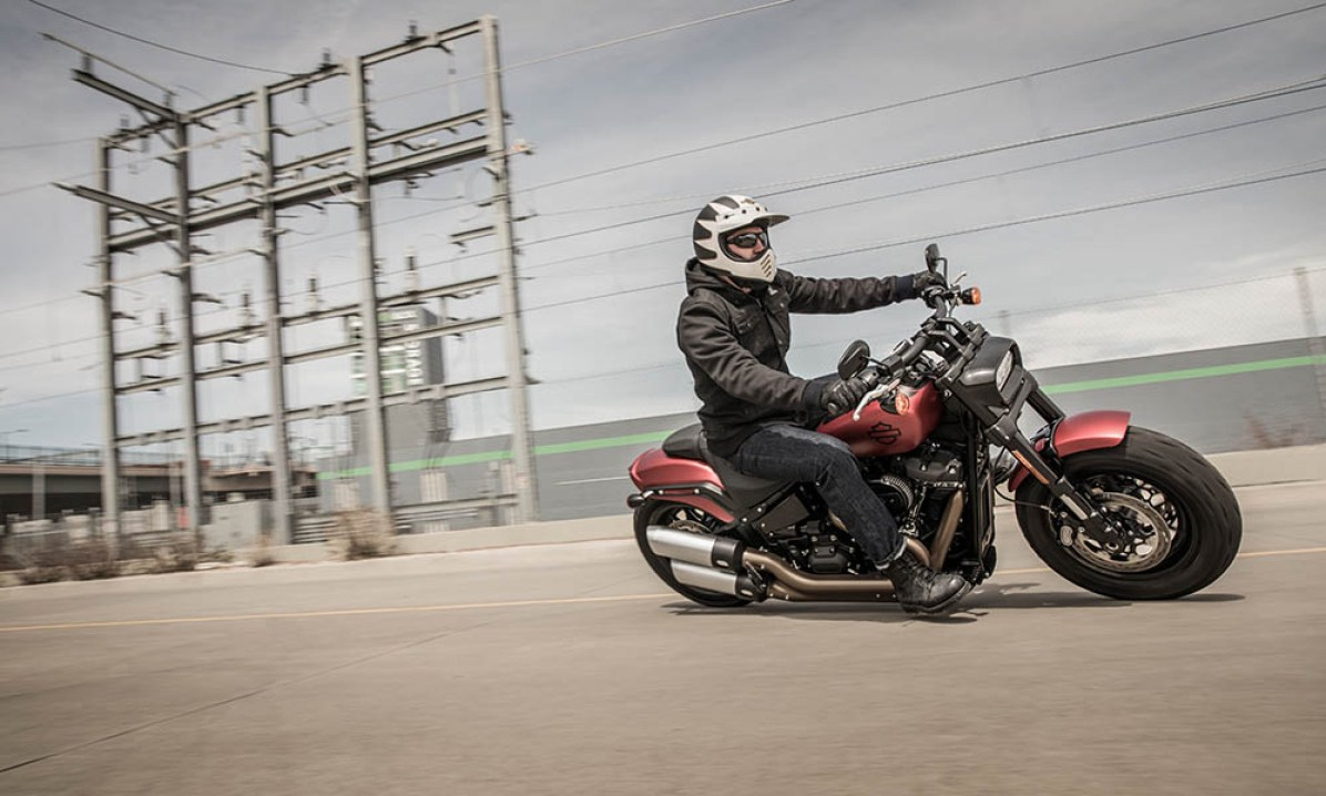 Motocykel Harley-Davidson Softail Fat Bob