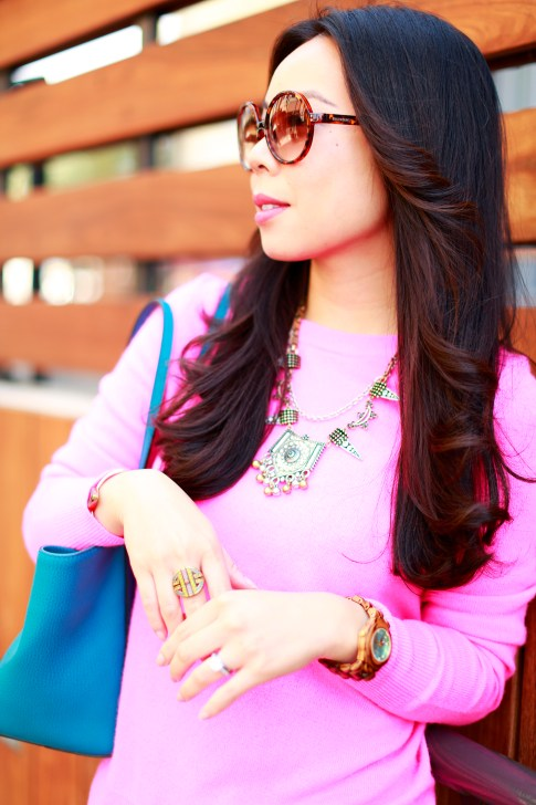 An Dyer wearing Foster Grant Vintage Sunglasses with White Warren Hot Pink Cashmere Sweater