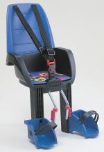 Bezpečná přední sedačka musí mít opěrky pro nohy. Hamax Discovery 101 je navíc i odpružená.