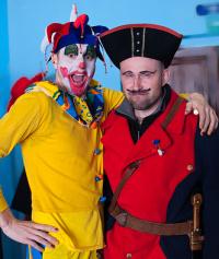 na karnevalu byly povedené masky