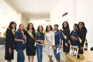 Miss Grambling State University poses with students and faculty at 2011 High School Day