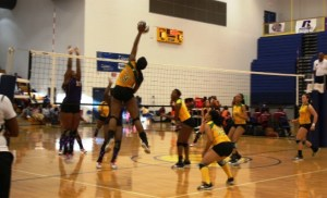 Kentucky State defeats Benedict College to advance in the SIAC Tournament (www.ksuthorobreds.com)