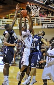 Alabama A&M & Jackson State will be jocking for position in the SWAC Tuesday night. (The Huntsville Times/Bob Gathany)