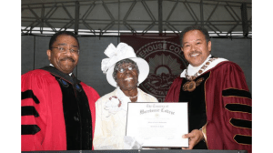 022514-National-HBCU-Review-Morehouse-College-Female-Graduate-MAry-Robinson-Spivey-Dies