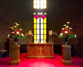 ceremony-old-mill-altar