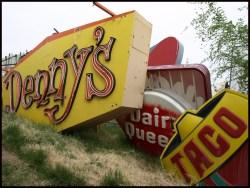 Encouragement Las Vegas H Dennys Las Vegas Locations Dennys Las Vegas Coupons Fast Food Gulch Friday Week Decomposing Neon
