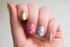 polka-dot-nail-art-tutorial