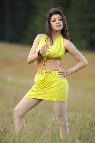 Kajal Agarwal Hot Wallpaper in Bikini | HD Wallpaper Desktop