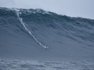 big-wave-surfing-8