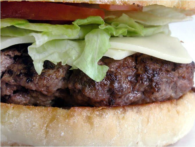 Hamburger-Bun-Salad